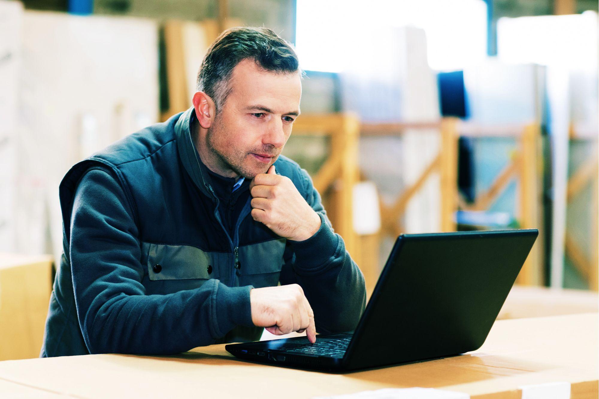 apprentissage ; alternance ; formation ; CFA ; Cerfal ; UFA ; Contrat d'apprentissage, apprentissage, travailleur handicapé, aide aux entreprises, rupture contrat apprentissage, contrat alternance, aide embauche apprenti, stage en entreprise, aide à l'apprentissage, recrutement
